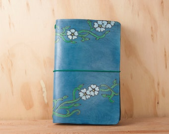 Midori Notebook - Leather Journal - Moleskine - Willow pattern with flowers and vines in blue, white and green