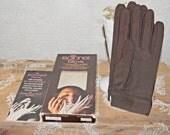 Vintage Isotoner Aris  gloves  vintage mod ladies gloves