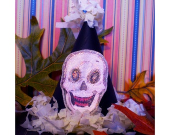 miniature party hat favor Halloween decoration spook skull vintage style old retro fashioned fascinator