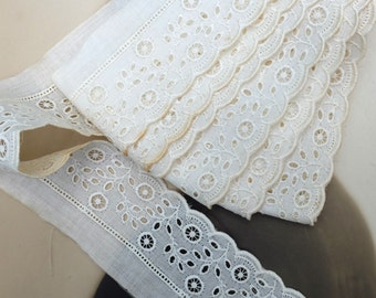 Vintage Eyelet Lace Yardage Edging