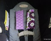 Cute Lilac Bloom and Lilac Lattice Reversible Car Seat Strap Covers