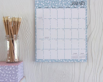 2017 patterned wall calendar