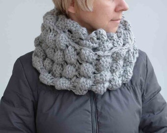 FREE SHIPPING-Bubbles grey circle SCARF--- original accessory, hand knitting, ready to ship