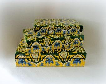 Vintage Lacquer 3pc Nesting Box Set Kashmir Paper Mache Blue Iris Green Gold Dresser Box Hand Painted Flat Cigar Box Trinket Hostess Gift