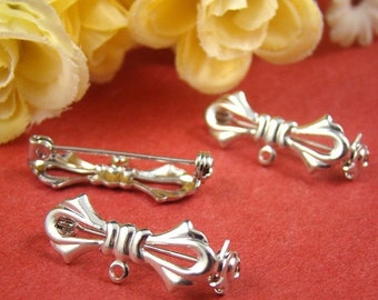 20% OFF SALE - 4Pcs Nickel Free - High Quality Silver Brass Bow Safety Pin / Brooch HA525