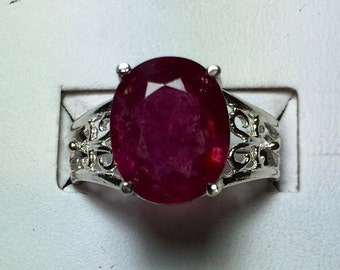 Deep Pink sappire silver ring