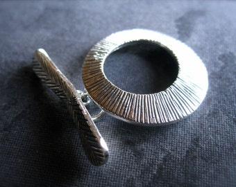Stone Feather  - Toggle clasp in STERLING SILVER - 21mm X 20mm