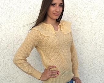 Vintage 70's acrylic ruffled collar sweater