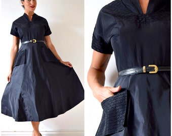 SUMMER SALE / 20% off Vintage 50s Inky Black Taffeta New Look Party Dress with Pintucked Scalloped Details (size medium)