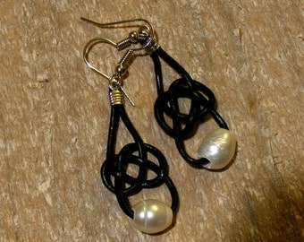 Celtic Knot Baroque Freshwater PEARL Leather Earrings, Nc2395, white pearls, Beach, Wedding, Teen, Graduation, Office, Rustic, by Lynn SRA