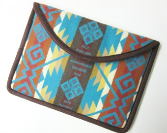 Surface Pro 3 or 4 Laptop Cover Sleeve Case Padded Southwestern Print Wool from Pendleton Oregon Tribal Inspired