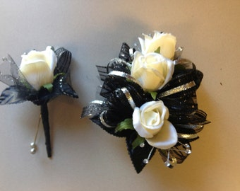 Prom Black Corsage and Boutonniere Set