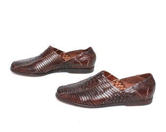 size 9 HUARACHE brown leather 80s 90s WOVEN slip on ankle boots