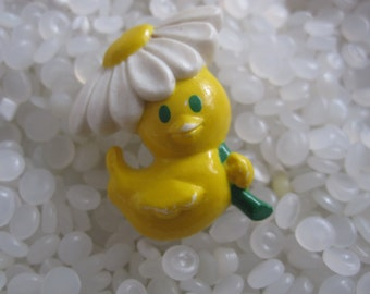 Sweet  avon little duck with a daisy pin tiny