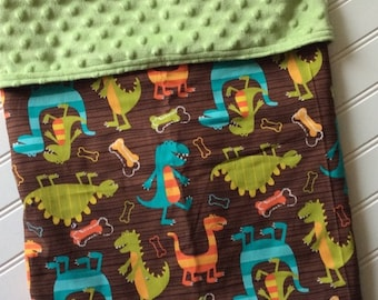 Personalized-Baby-Blanket-Plush-Dinosaur-Green-Cheveron-Quilts-Stroller-Receiving-Swaddling-Minky-Boys-Crib-Nursury-Newborn-Toddler-Gifts