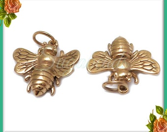 1 Natural Bronze Bee Charm - Honey Bee Charm - 19mm ND10