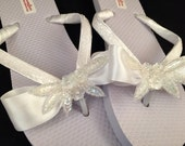 One of a Kind White Bow Kelsey Bridal Wedding Flip Flops Size 5/6