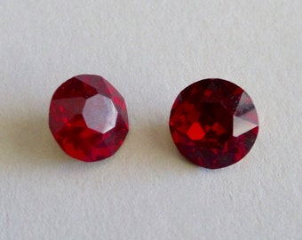 Vintage Czech Round 8mm Faceted Crystal Chatons - Ruby Red (2)