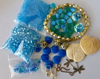 Mix of Assorted Vintage and New Beads to Play With OOAK   (C)