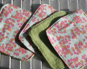 Set of 4  Washcloths,Reusable Wipes, Napkins Vinatge Floral Print