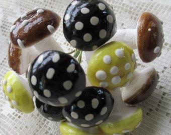 Mushrooms Germany 12 Halloween Autumn Mix Spun Cotton Mushrooms 18mm 3 Colors