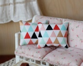 1:6 Scale Pillows Multi Color Triangle Print Miniature Blythe Momoko Pullip Barbie Fashion Royalty Doll House