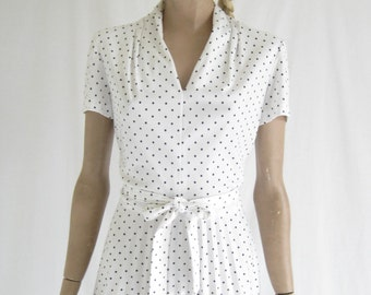 Vintage 80's White and Black Polka Dot  Dress. Size Medium