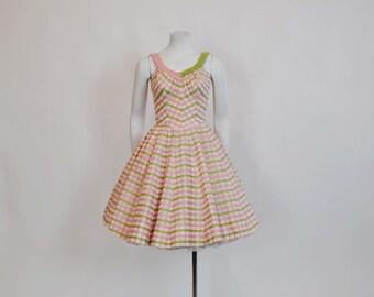 vintage dress / Pink Perfection Vintage 1950's Deweese Dress Full Skirt