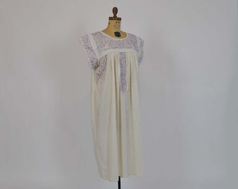 vintage dress / Vintage 70's Mexican Embroidered Birds Tunic Dress