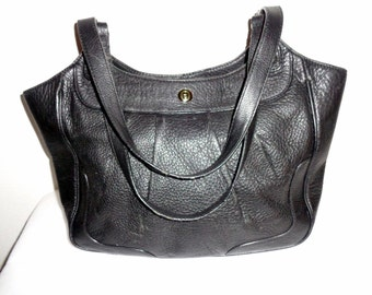 Etienne Aigner buttery soft genuine black leather m size tote ,shoulder bag,  satchel ,purse vintage  early 90s excellent condition