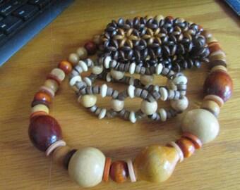 wooden necklace w/ two wooden bracelets set
