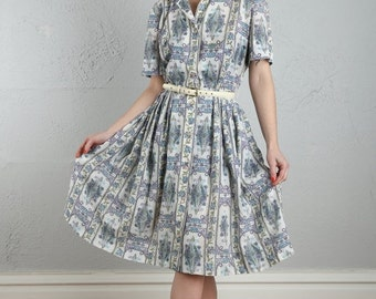 ON SALE Vintage Shirtwaist Dress . Paisley Print