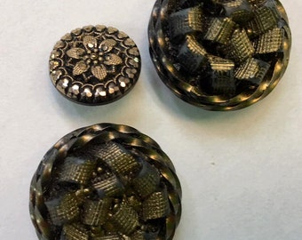 3 Vintage button  black gold filigree glass and plastic buttons  acrylic quantity 3 used (SEW200) sewing supplies findings notions