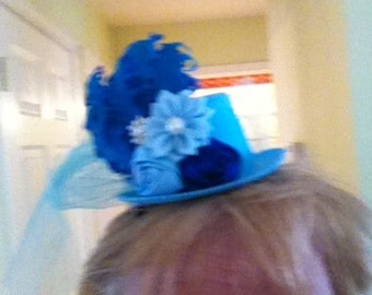 Girls Mini Top Hat, Fascinator,Handcrafted, Blue On Blue Hat, Birthday hat, Bridesmaid hairpeice,Prom Hairpeice, Prop Prop, Tea Party