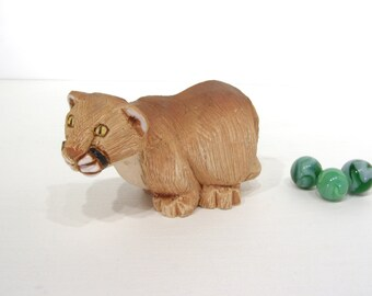 Lioness, Artesania Rinconada Vintage Collectible Figure, handcarved, handpainted folk art, Uruguay
