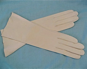 Vintage White Leather Gloves