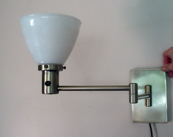 Vintage wall mounted light