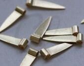 40pcs Raw Brass Triangle Charm - Arrow 3.5x4.5x19mm (3133C-E-612)