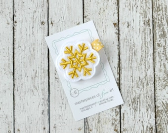 Gold and White Felt Snowflake Hair Clip - Everyday Winter Felt Hair Bows- Felt Hair Clippies - No Slip Grip - Metallic Golden Snowflake