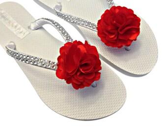 Bridesmaid Flip Flops - Flower Flip Flops - Bridal Flip Flops - Bridal Sandals - Red Wedding - Beach Wedding - Bride Flip Flops - Shoes
