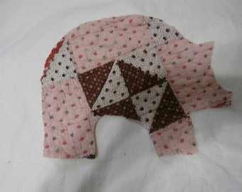 VINTAGE QUILT PIG Applique for Pig Pillow Free Shipping