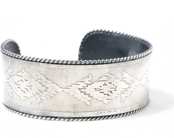 Solid Sterling Silver 18 gauge acid etched woven southwest motif OOAK twisted wire border artisan navajo style cuff bracelet