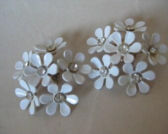 Flower Rhinestone White Earrings Clip Clear Plastic Vintage