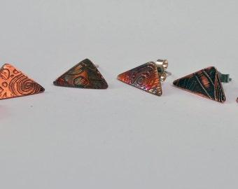 Flat copper triangle stud earrings