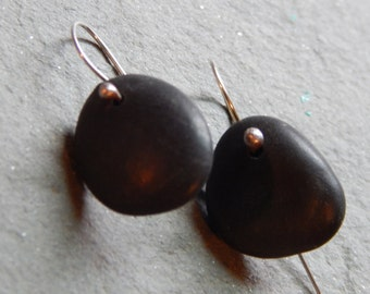 just a hint beach stone earrings