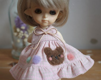 Little Bear on Little dress for Middie blythe and Lati Yellow