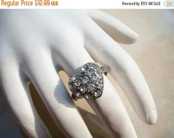 Summer Clear Out SALE Vintage Silver Rhinestone Heart Ring