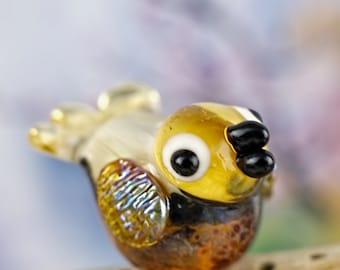 Cara........ lampwork bird bead..... sra