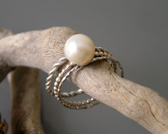 Pearl sterling silver stacking rings. White freshwater pearl stack ring. Pearl stackable ring.
