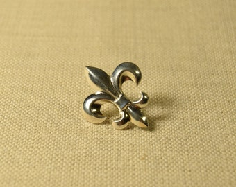 Silver Fleur de Lis Pin